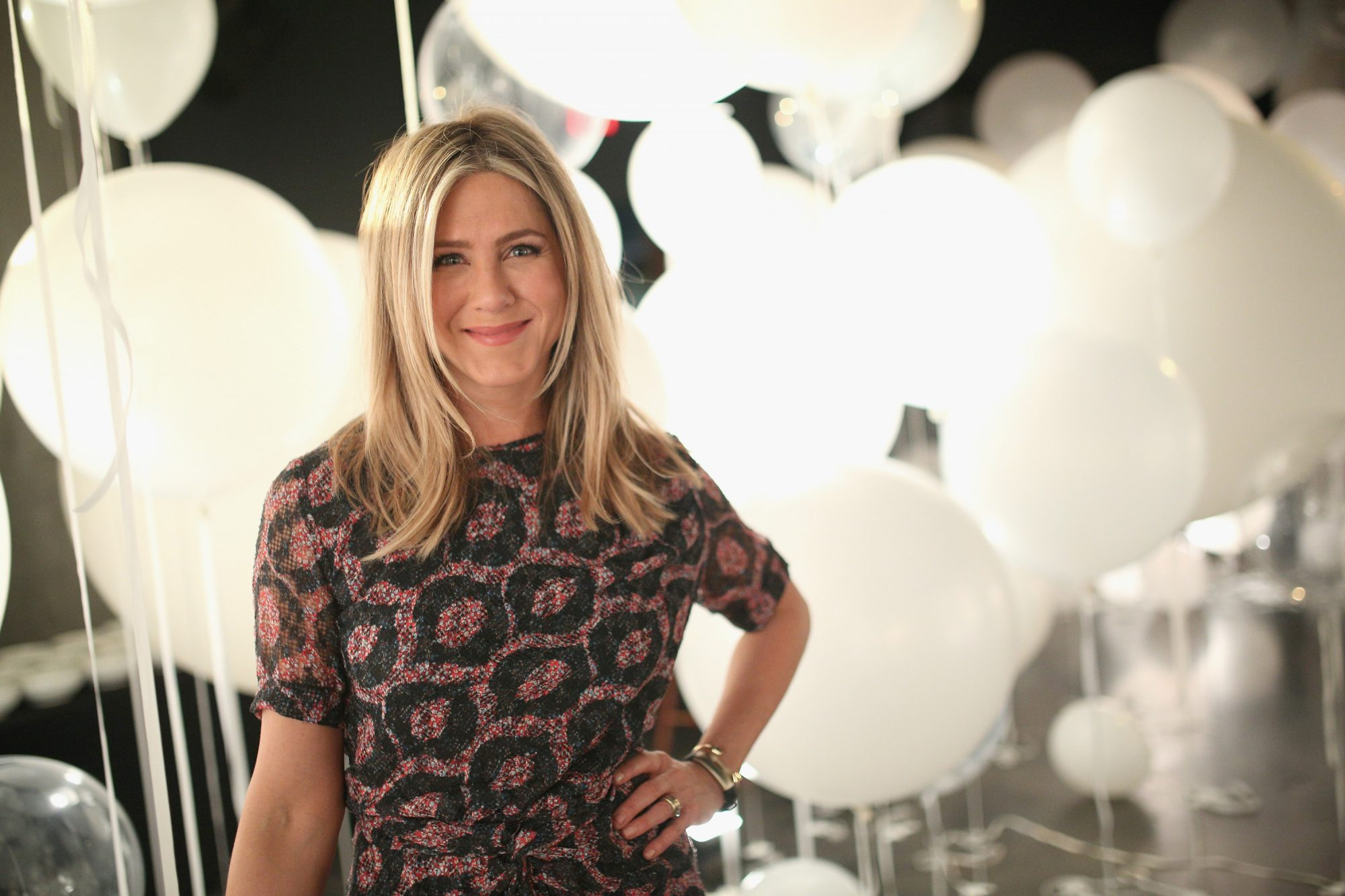 smartwater sparkling Celebrates Jennifer Aniston And St Jude's Children's Hospital l
