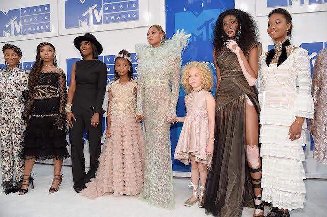 Beyonce-Squad.jpg