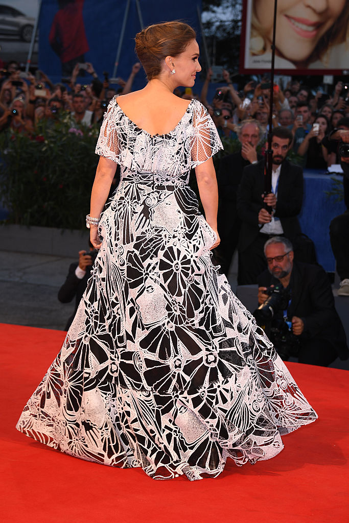 VENICE, ITALY - SEPTEMBER 07:  Actress Natalie Portman attends the premiere of 'Jackie' during the 73rd Venice Film Festival at Sala Grande on September 7, 2016 in Venice, Italy.  (Photo by Venturelli/WireImage)
