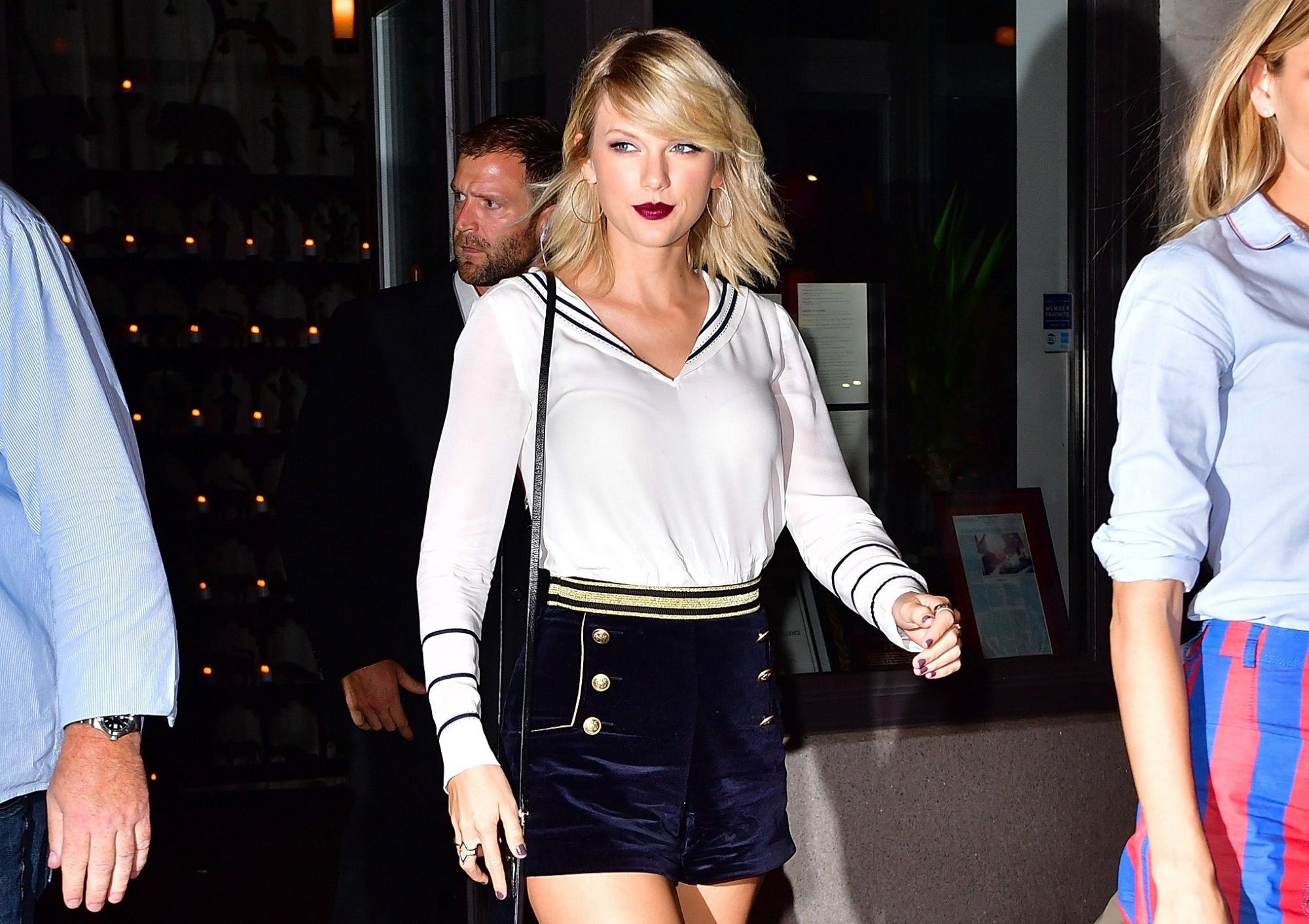 Picture of Taylor Swift Sailor Outfit
