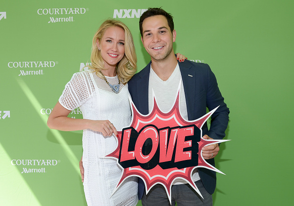 "Anna Camp And Skylar Astin Judge ""Pitch Perfect-esque"" Competition In Toronto For The NXNE Festival"