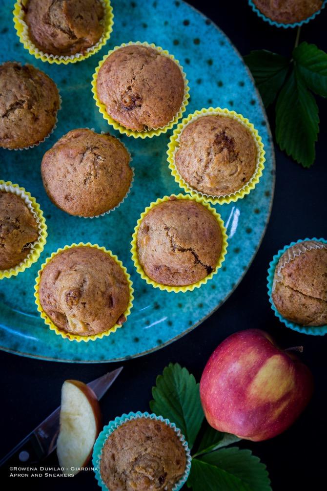applesauce-muffins.jpg