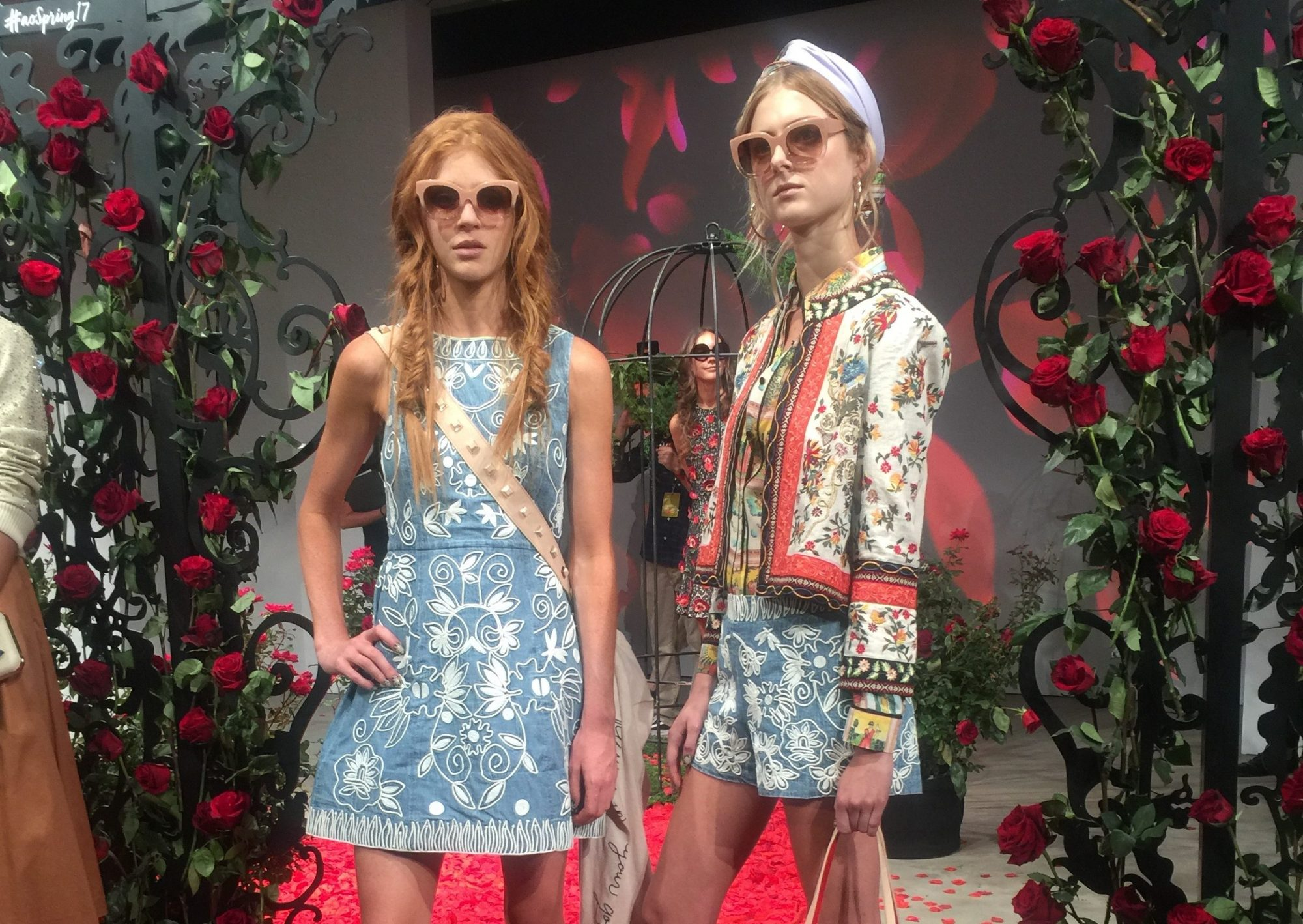 Picture of Alice and Olivia Roses