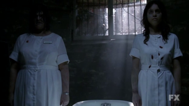 3hqwtpx4uyzzjtrovp4ed566c46628e_american-horror-story-maria-y-gladys.png