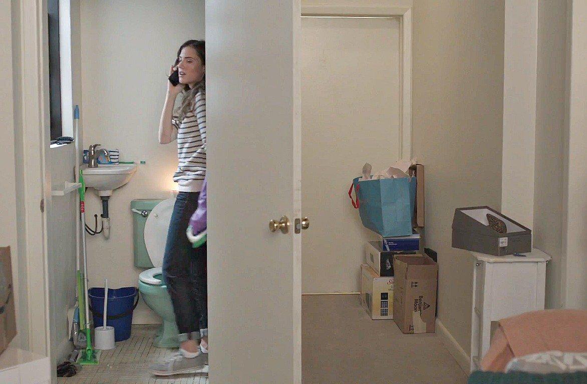 Marnie-Girls-studio-apartment-2.jpg