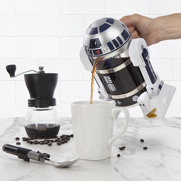 itns_r2-d2_coffee_press_pour.jpg