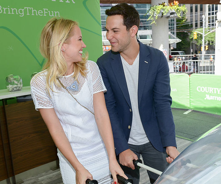 """Anna Camp And Skylar Astin Judge """"Pitch Perfect-esque"""" Competition In Toronto For The NXNE Festival"""