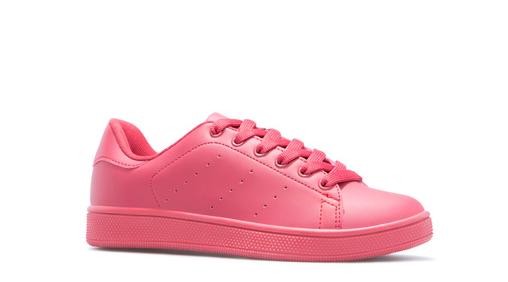 pink-sneaks.png