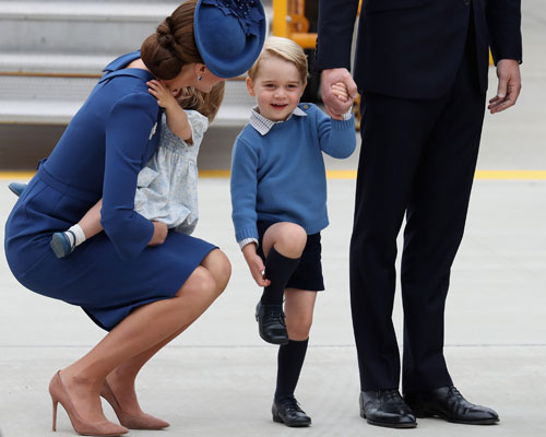 prince-george-canada-scratching.jpg
