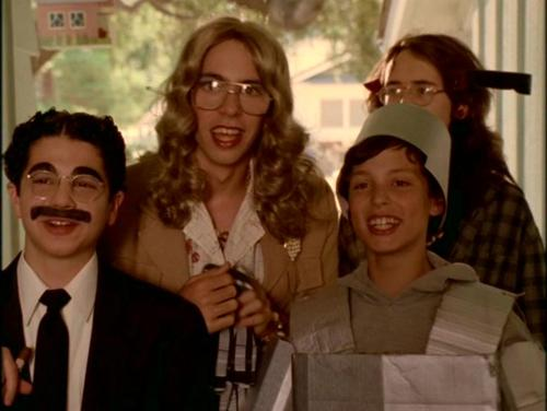 FREAKS-AND-GEEKS-HALLOWEEN.jpg