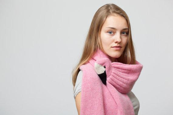 flamingo-scarf.jpg