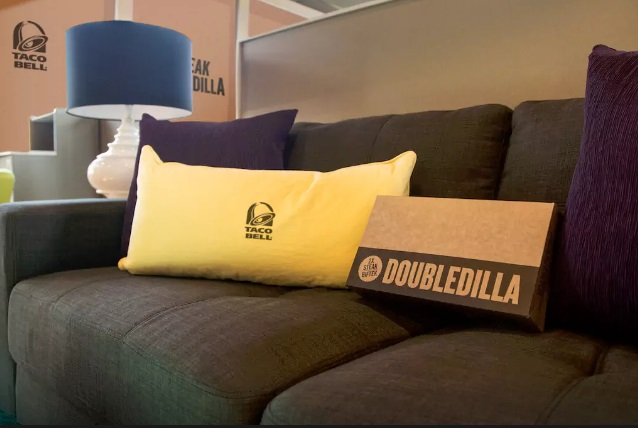 taco-bell-airbnb-couch.jpg