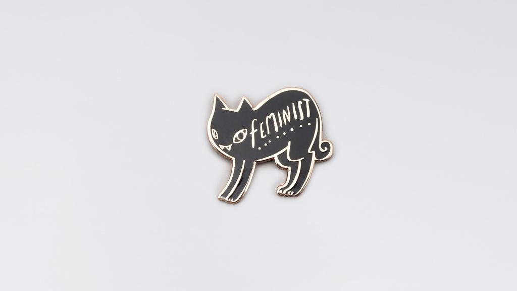 11AALxH0hZ_Cat_Feminist_Pin.jpg