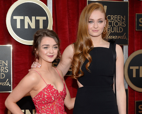 maisie-williams-sophie-turner-tnt
