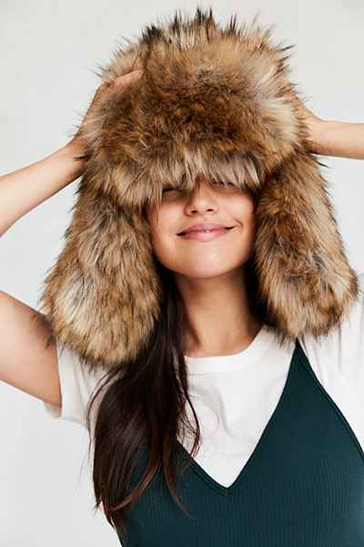 Hat-Urban-Outfitters.jpg