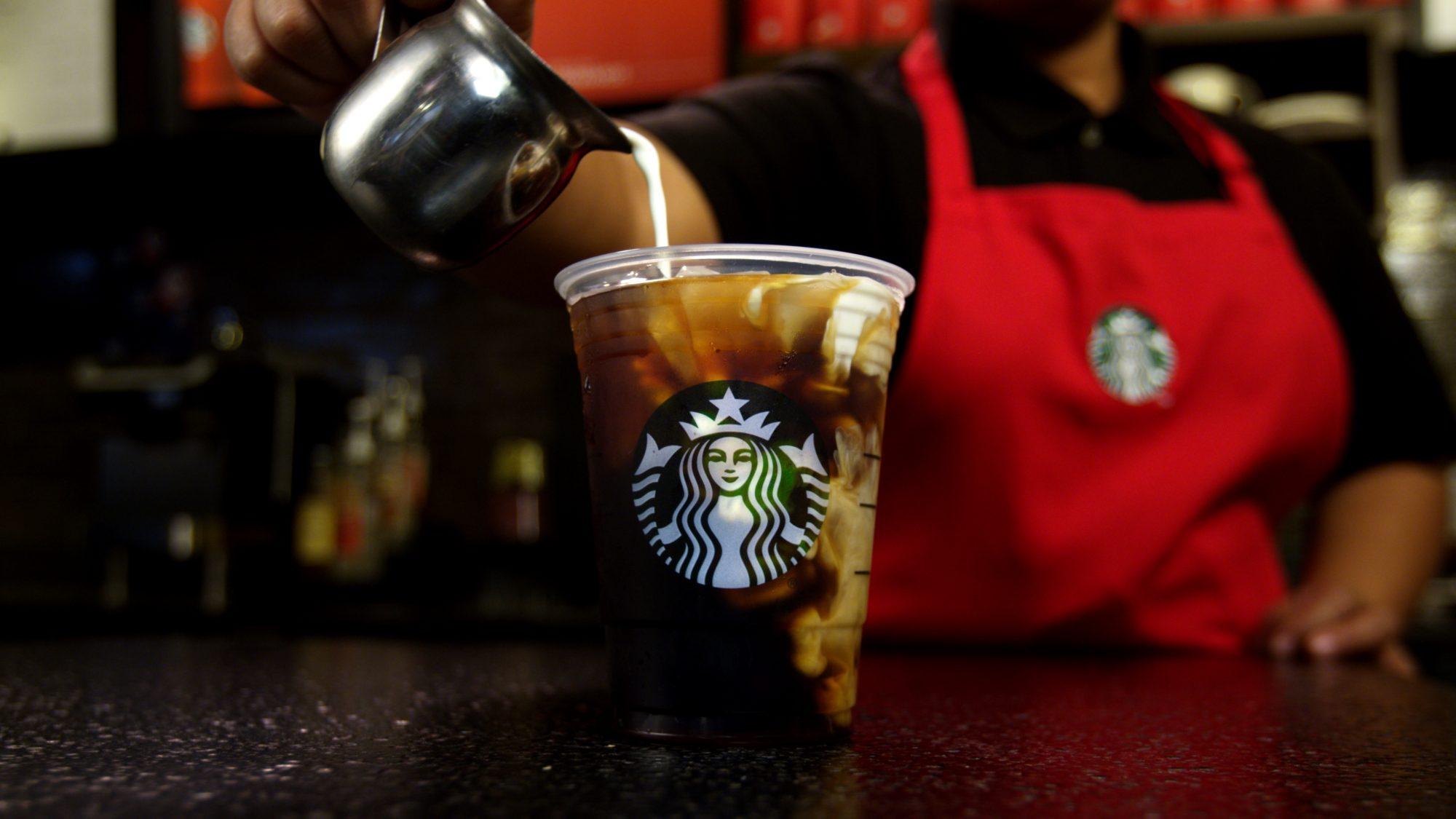 Starbucks_Spiced-Sweet-Cream-NariC3B1o-70-Cold-Brew_1.jpg