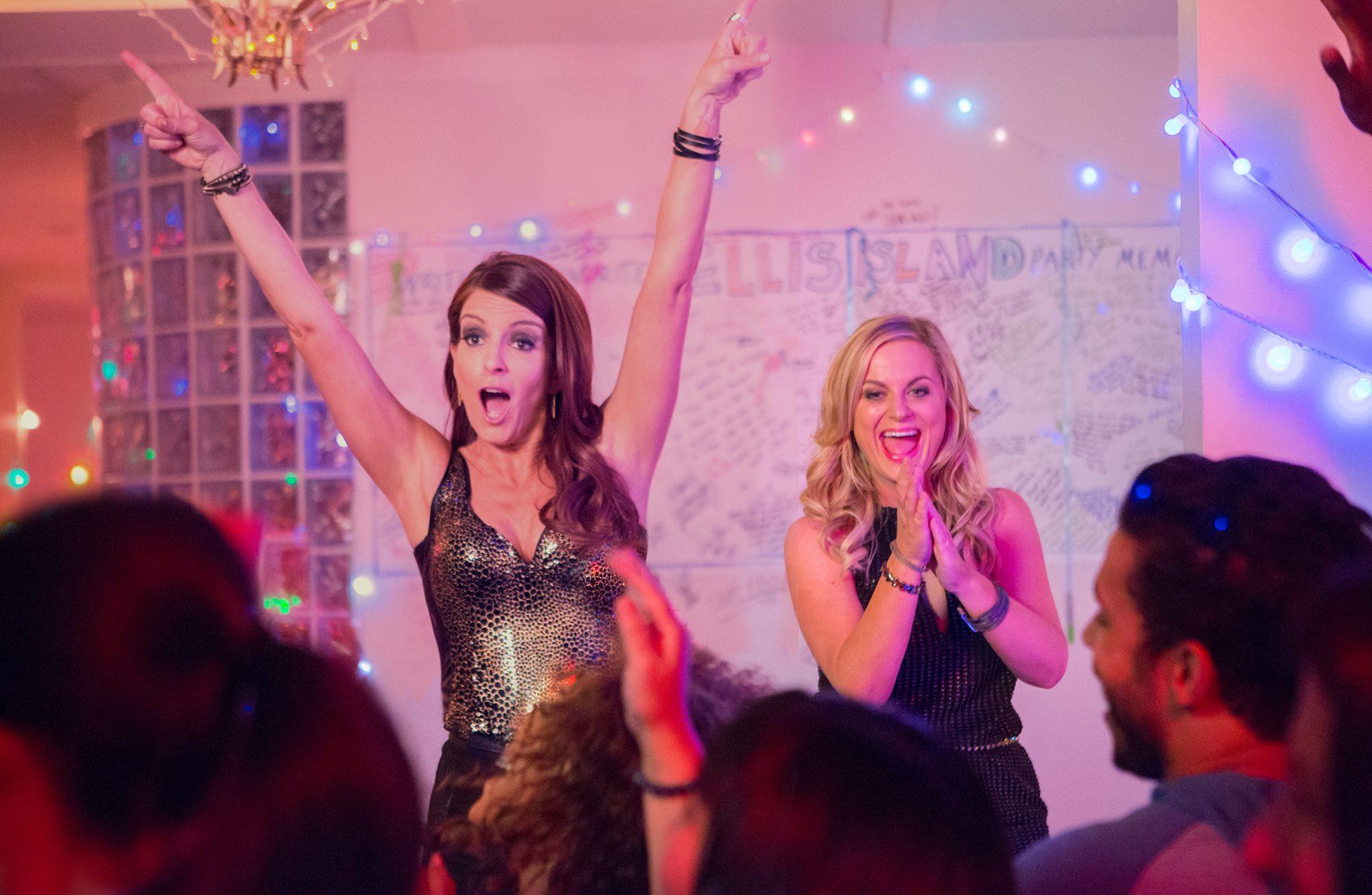 tina-fey-amy-poehler-sisters-movie-image-2.jpg