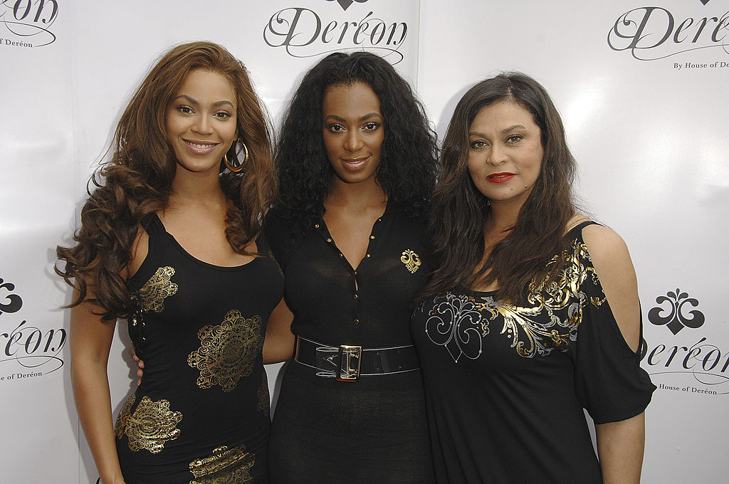 Beyonce, Tina and Solange Knowles Launch Dereon in Canada