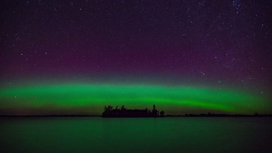 northern-lights-time-lapse-video