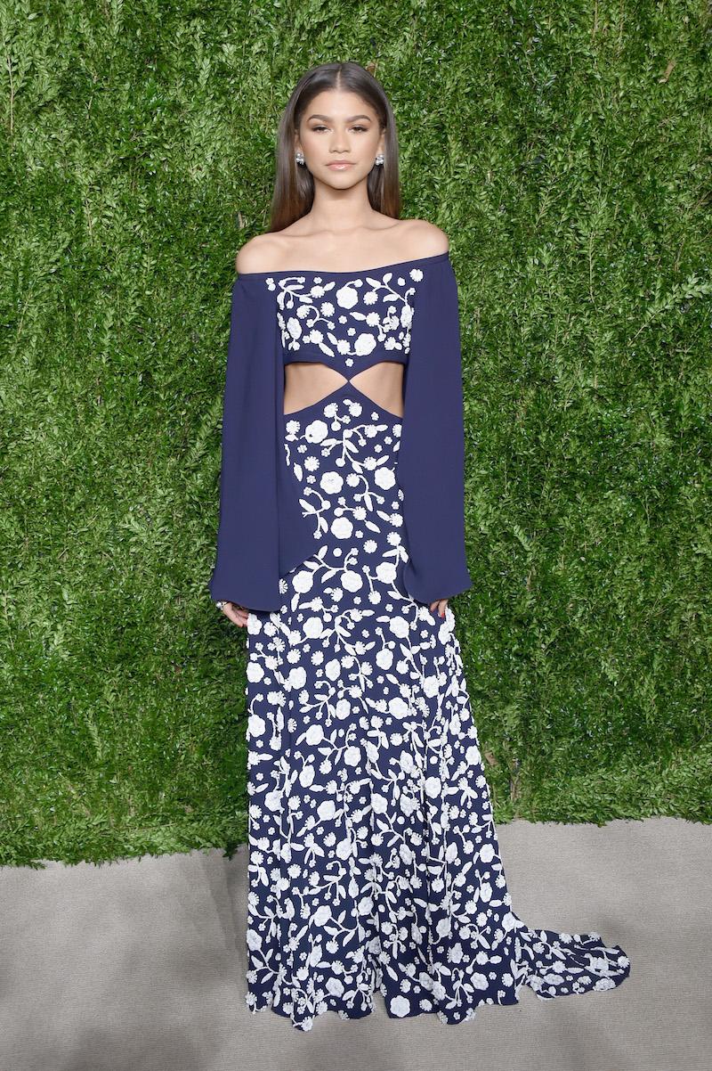 Zendaya-full-dress.jpg