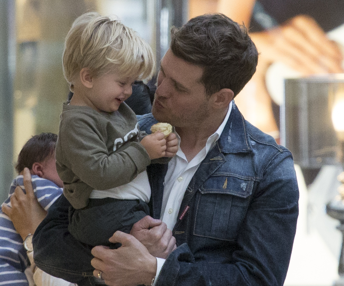 Buble and son