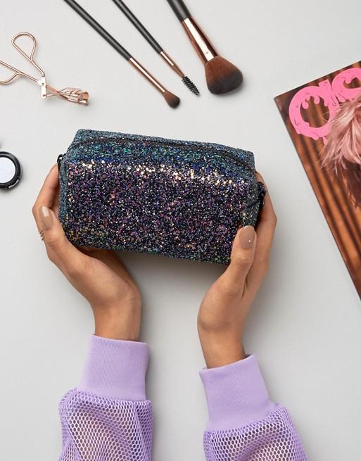 makeup-bag-ASOS.jpg
