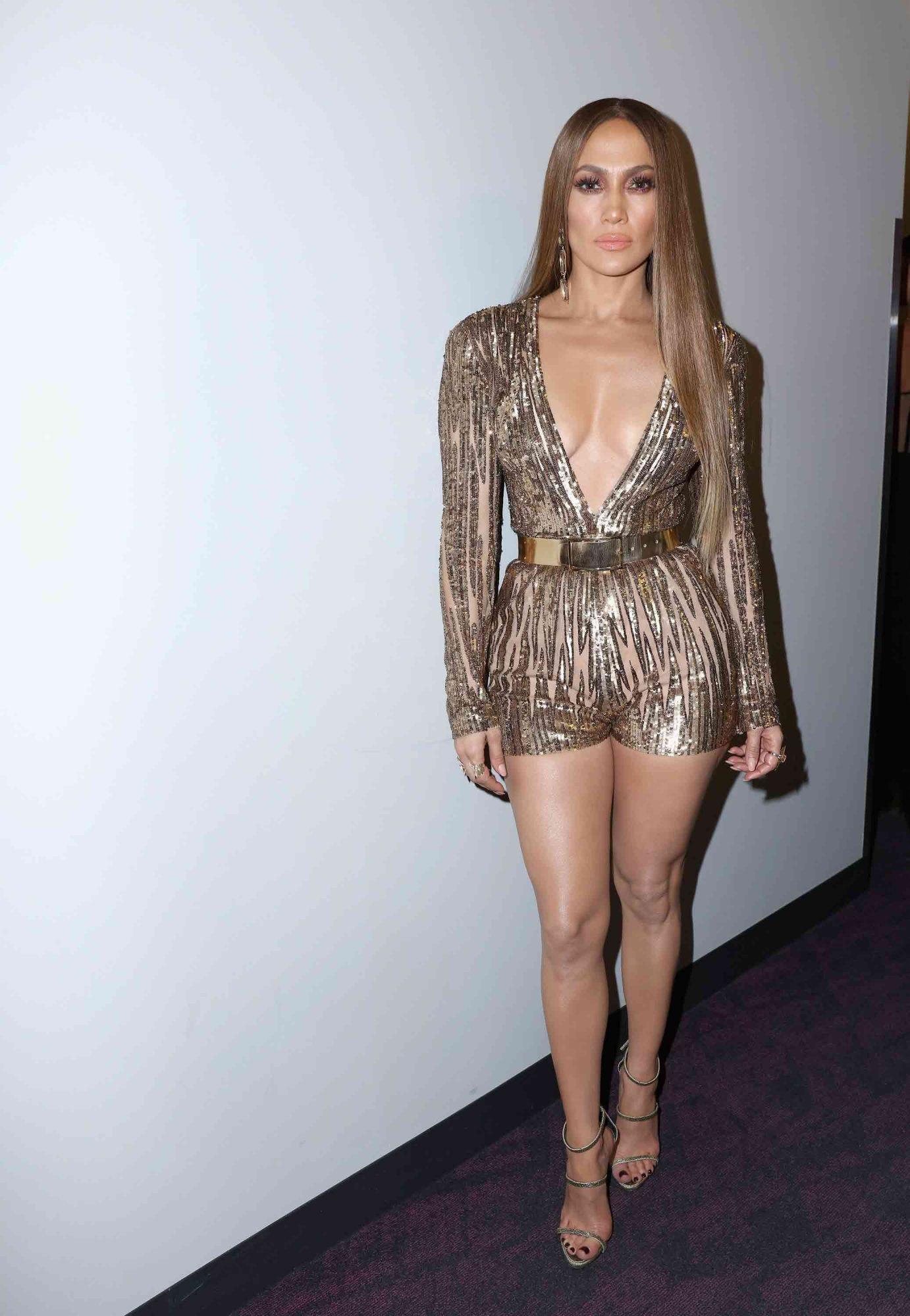 Jennifer-Lopez-4.jpg