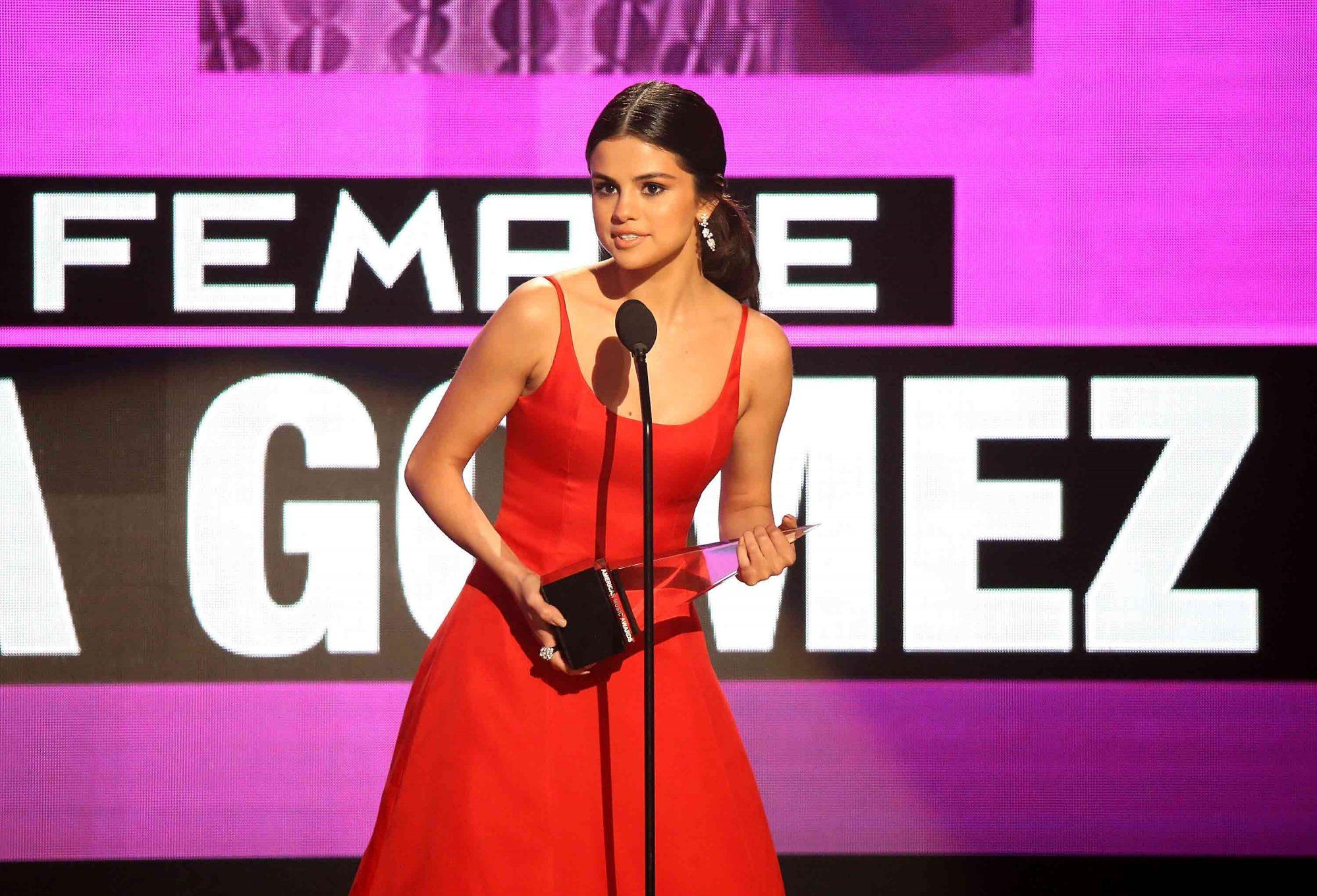 Selena-Gomez-1.jpg