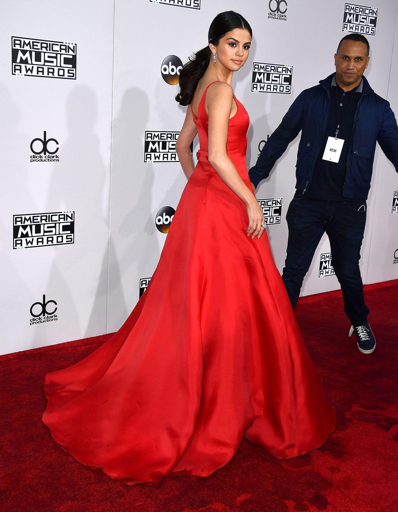 Selena-princess-back.jpg