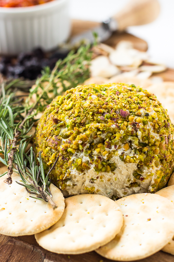 This-Pistachio-Crusted-Vegan-Cheese-Ball-is-actually-VERY-easy-to-make-It-taste-INCREDIBLE-and-is-great-for-appetisers-and-parties-3-1.jpg