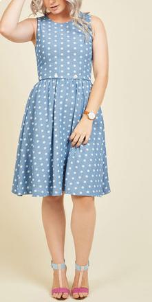 blue-dress.png