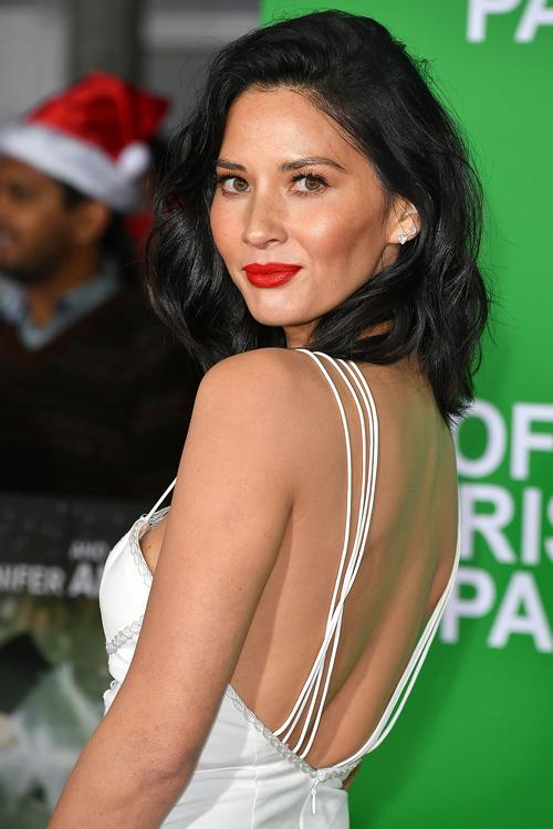 olivia-munn-back-dress.jpg