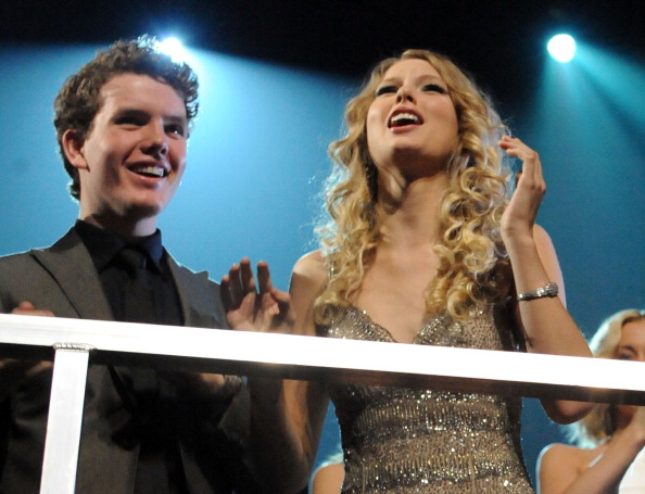 2009 CMT Music Awards - Show