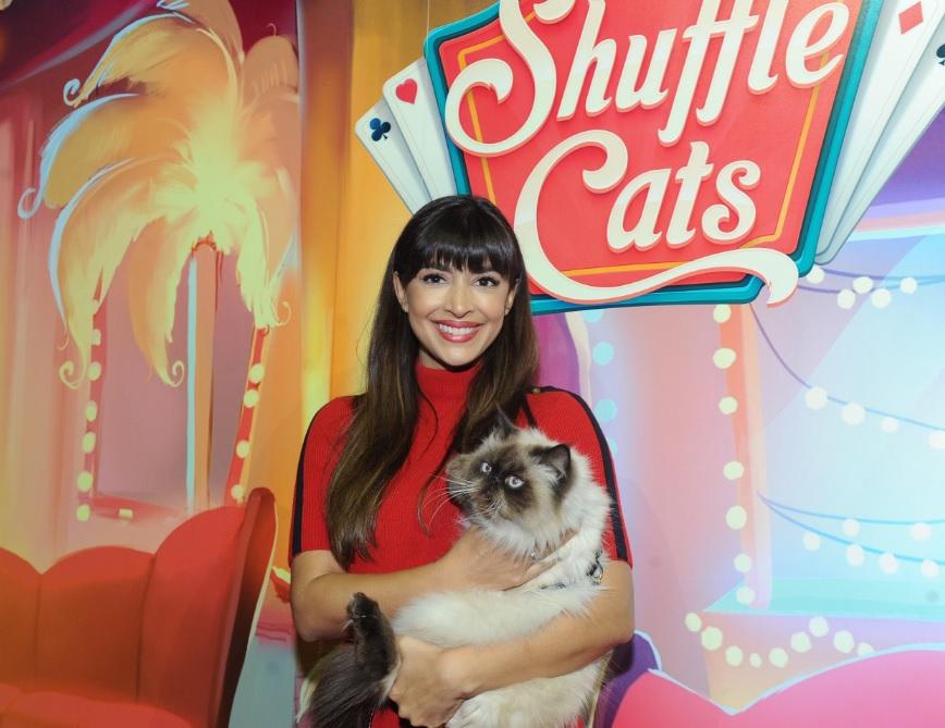 hannah-simone-shuffle-cats.jpg