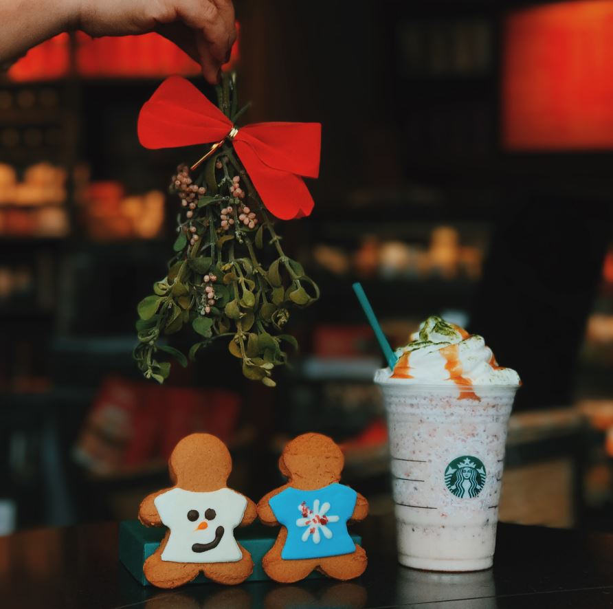 Fruitcake_Frappuccino__Ugly_Sweater_Cookie_resize.jpg