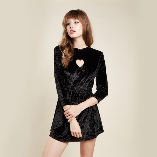 valfre-winona-dress-black-front-3_grande1.jpg