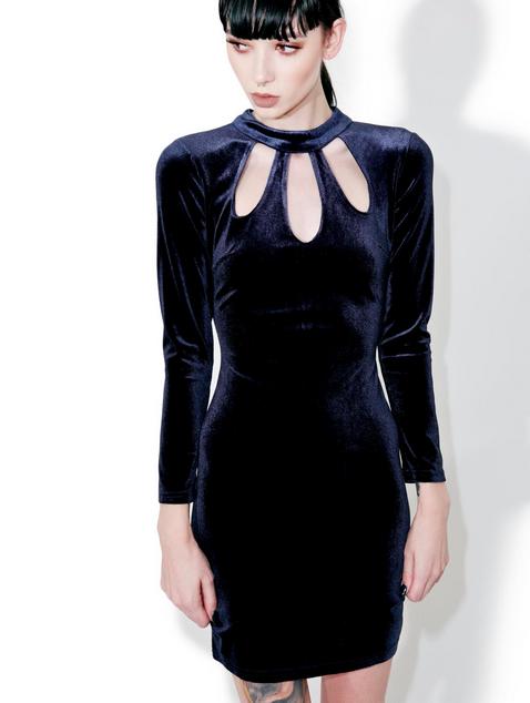 velvet-dress.png