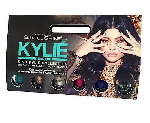 kylie-.png