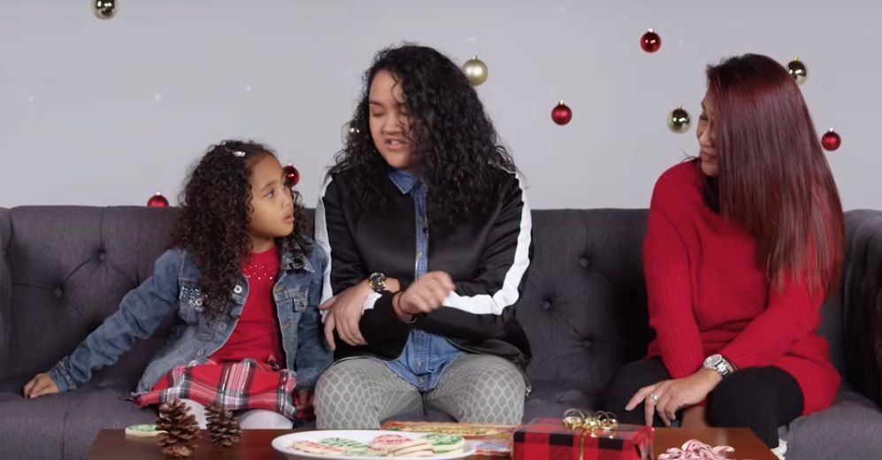 parents-tell-kids-santa-isnt-real