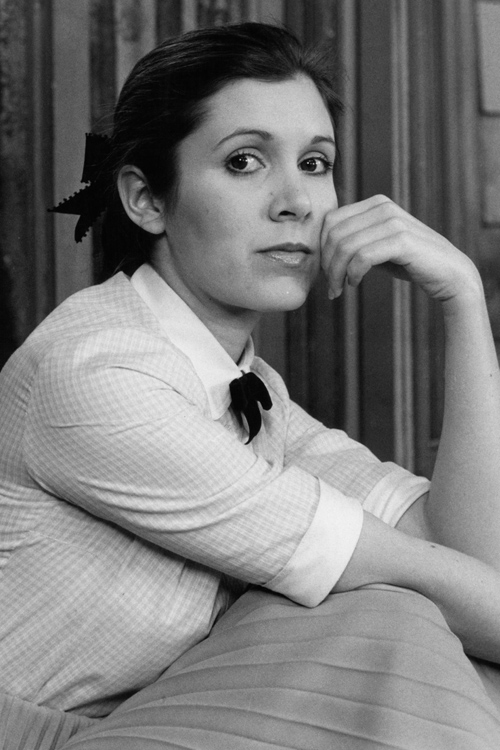 carrie-fisher-ponytail.jpg