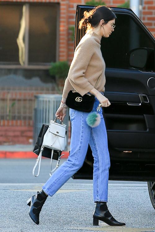 kendall-jenner-jeans-side.jpg