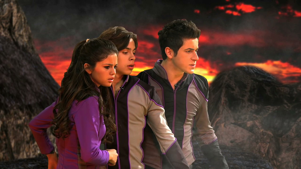 wizards_of_waverly_place_who_will_be_the_family_wizard_alex_selena_gomez_max_jake_t_austin_and_justin_david_henrie_in_the_wizard_competition
