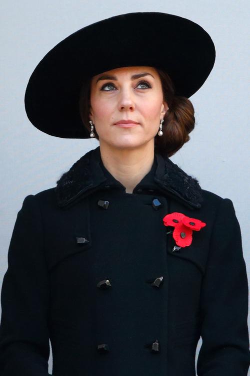 kate-middleton-black-coat-front.jpg