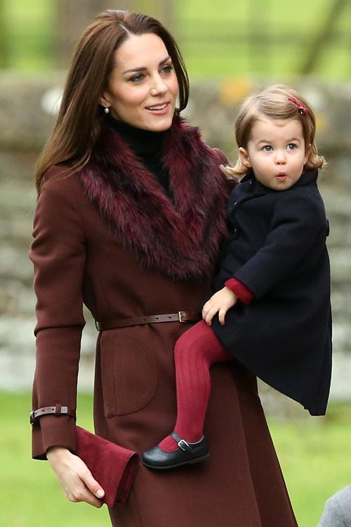 kate-middleton-princess-charlotte.jpg
