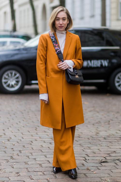 mustard-pantsuit-berlin.jpg