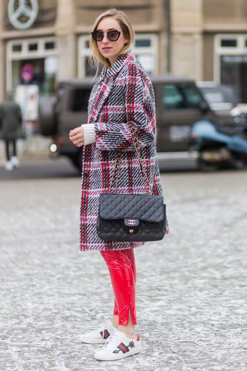 red-pants-berline-fashion.jpg
