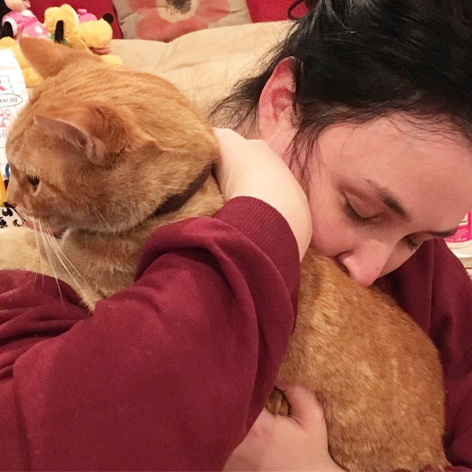 Bri-Prooker-and-her-adopted-cat-Doosis.jpg