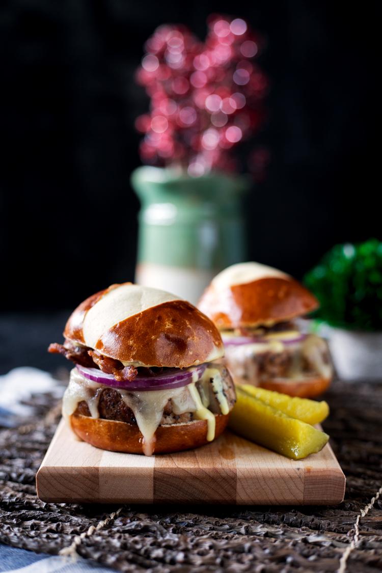 peppered-pork-sliders-with-honey-mustard-sauce-6