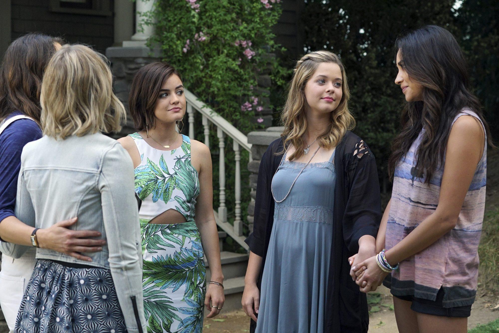 "ABC Family's ""Pretty Little Liars"" - Season Six"