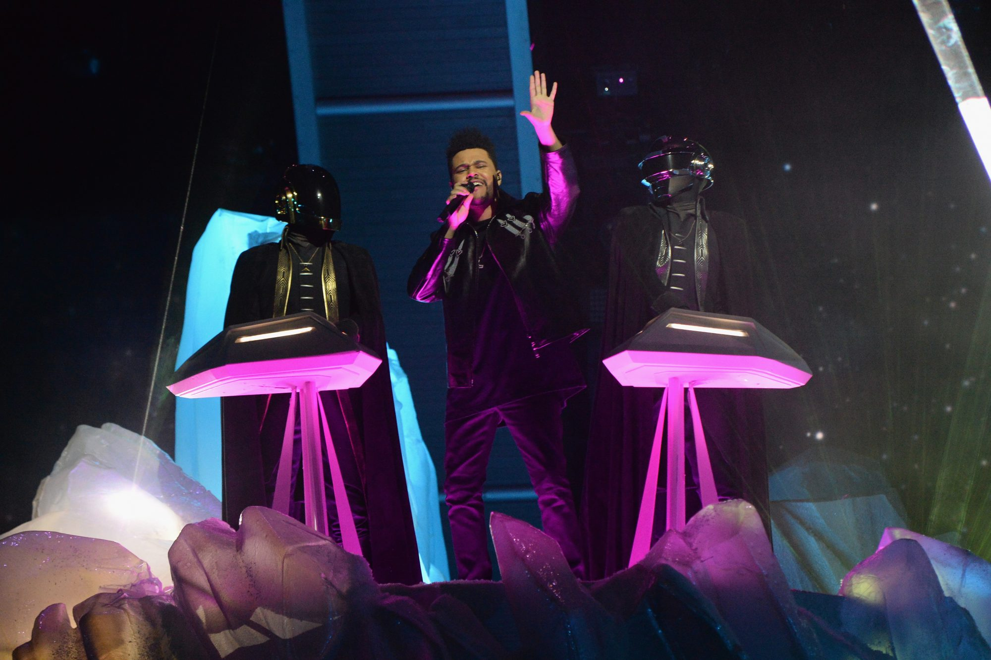 the weeknd grammys performance